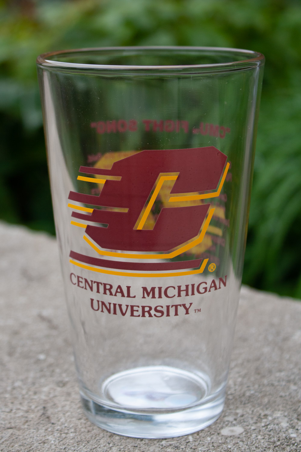 16 Oz Glass With Flying C And Words To Fight Song (SKU 1118631155)