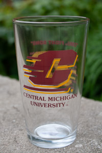 16 Oz Glass With Flying C And Words To Fight Song