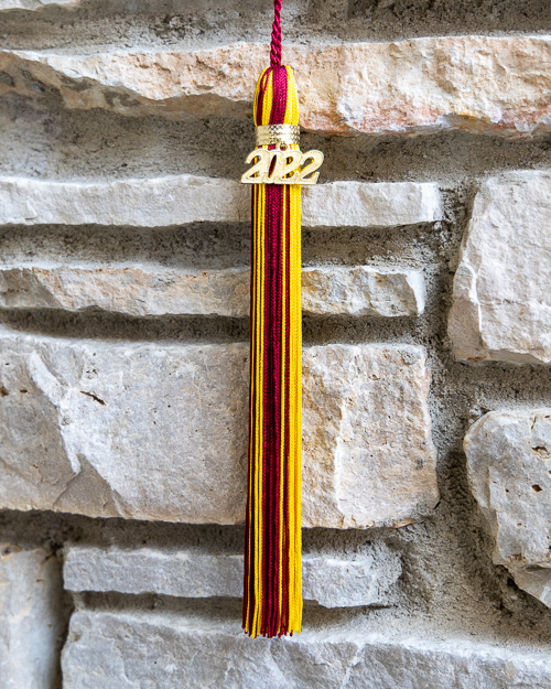 JUMBO SIZED SOUVENIR TASSEL WITH GRADUATION YEAR