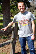 Gray Central Michigan Alumni T-Shirt With Maroon Seal