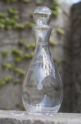 Crystal Decanter With Central Seal