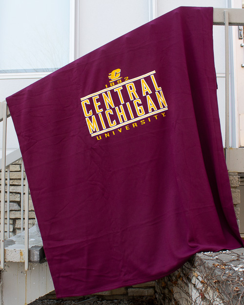 "54X84"" Flying C 1892 Central Michigan University Sweatshirt Blanket - Maroon"