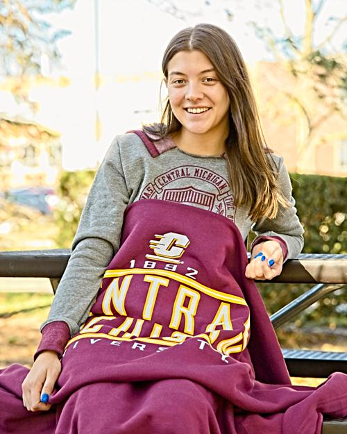 Central Michigan Maroon Pro-Weave Sweatshirt Blanket<br><small>MV SPORT</small>