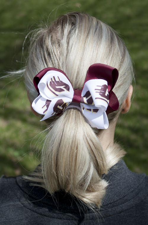Double Bow Flying C And Maroon Barrett (SKU 5024758523)