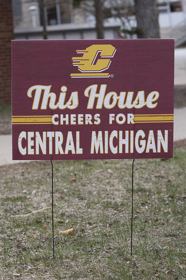 This House Cheers for Central Michigan Yard Sign (SKU 5038437230)