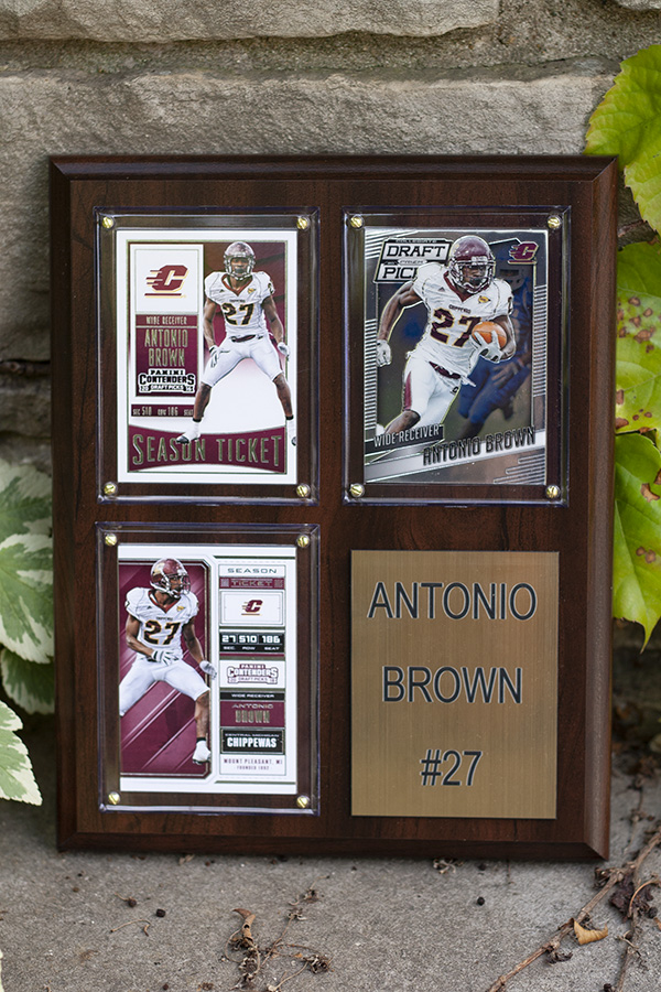 Antonio Brown #27 Plaque (SKU 5039953630)