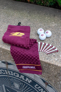 Flying C Chippewas Golf Accessories Kit