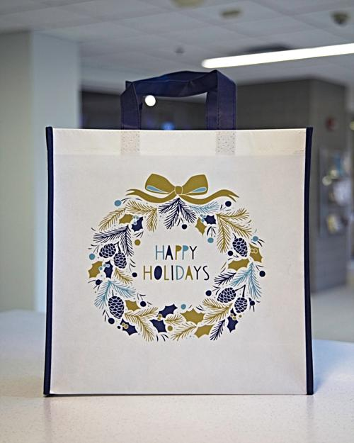 Happy Holidays White Wreath Premium Gift Bag (small)