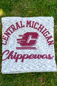 Central Michigan Salt & Pepper Pro-Weave Sweatshirt Blanket<br><small>MV SPORT</small>
